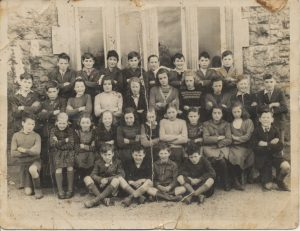 Geashill NS 1950 old damaged photo