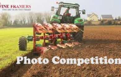 Ploughing  Photo Viral 1