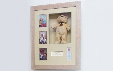 fine framers spences the bear frame